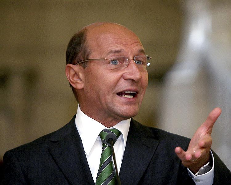 Daca Basescu si-ar da demisia miine
