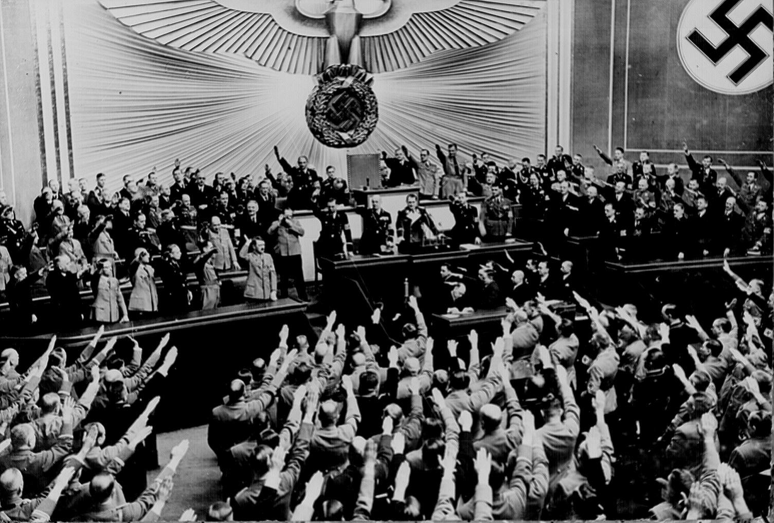 Cvorumul, anticorp impotriva dictaturii si populismului plebiscitar