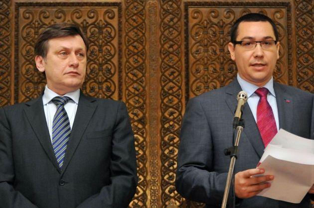 Puterea politica se muta de la Presedinte la partidele mici, au decis partidele mari