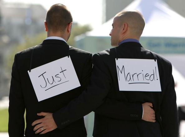 Legalizarea casatoriei intre rude de acelasi sex