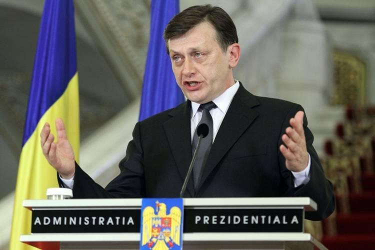 Una-doua rapide despre Antonescu, prezidentiabilul dreptei in 2014