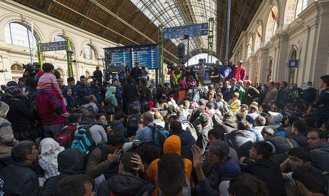 BREAKING: Germania reintroduce controalele la frontiera*
