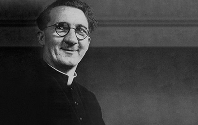 Hugh O'Flaherty: preotul care a convertit un lider SS